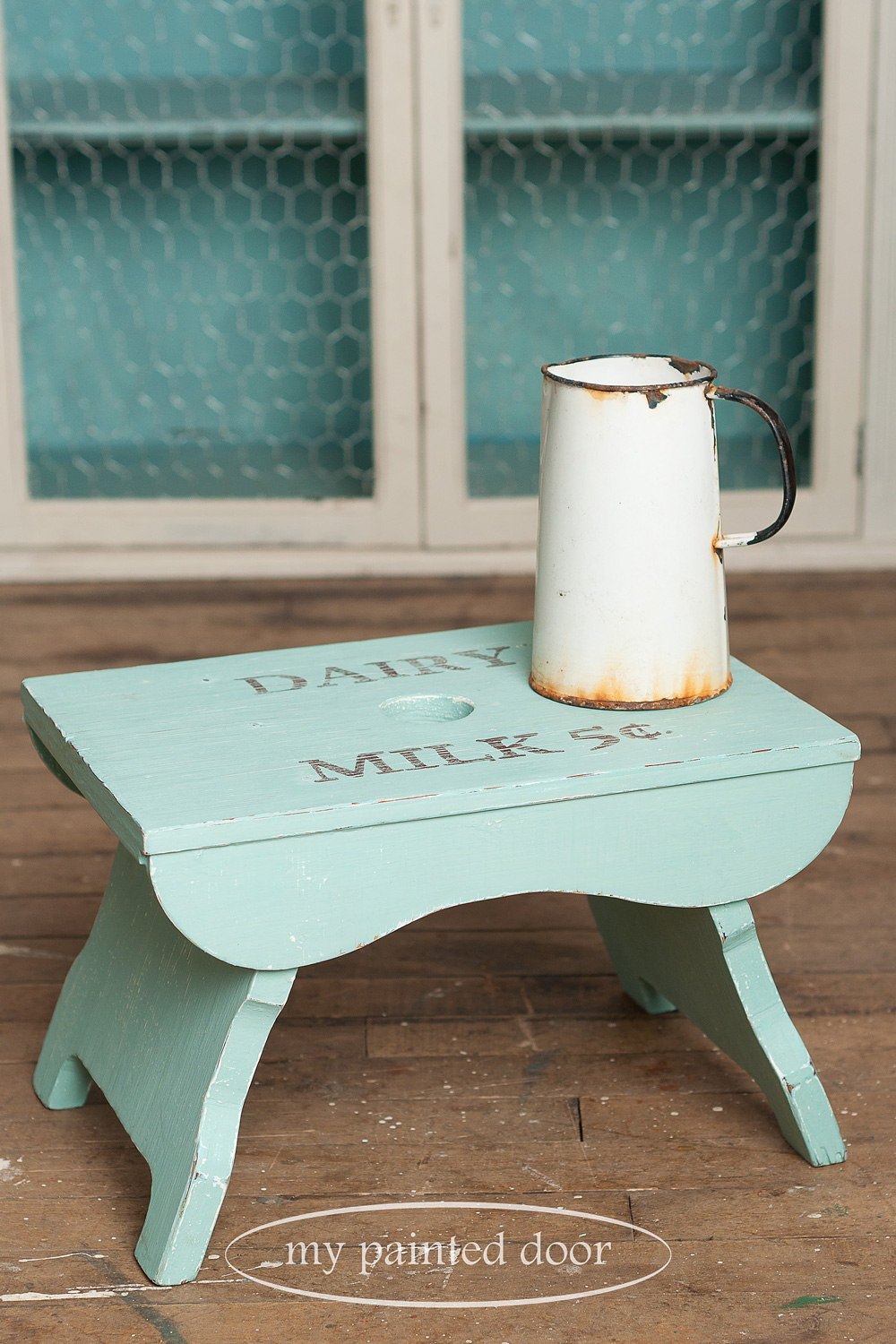 Milking stool painted in Miss Mustard Seed's Milk Paint in Eulalie's Sky