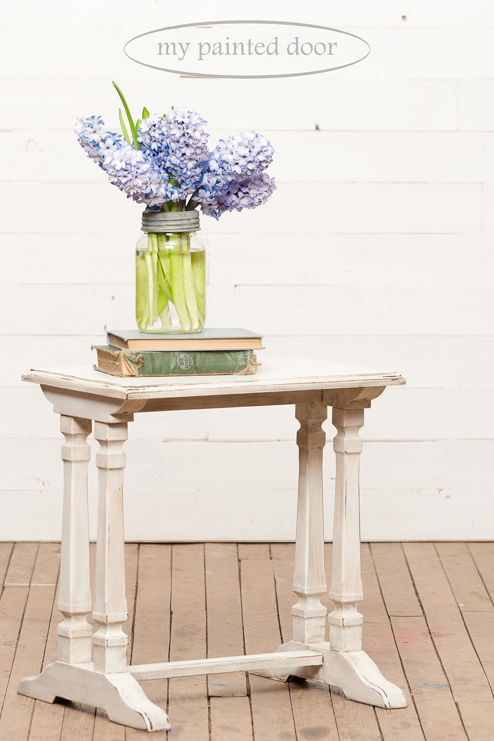 Nesting table painted with Miss Mustard Seed's Milk Paint in Ironstone and waxed with Furniture Wax and Antiquing Wax