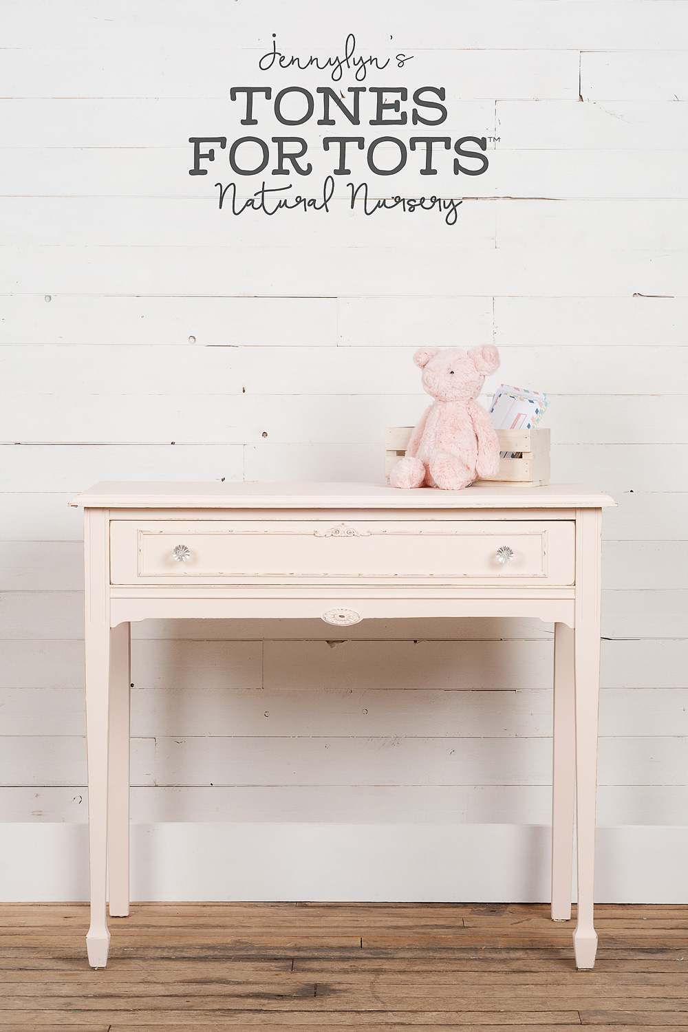 End table painted in Little Piggy from the Jennylyn's Tones for Totes Collection of Fusion Mineral Paint.