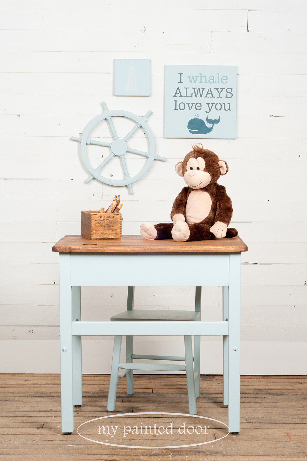 An old fashioned desk, chair and more ▪ Tones for Tots Little Whale