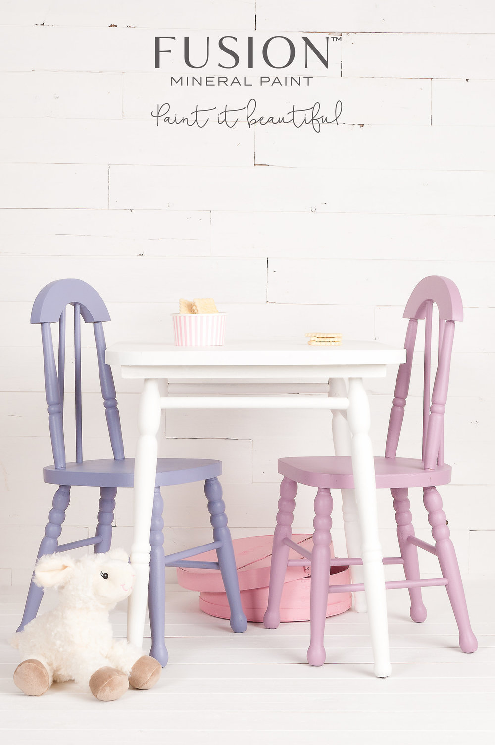 These little chairs and hat box were painted by mixing custom colours of Fusion Mineral Paint. Fusion offers 32 recipes that make mixing your own custom colours very simple.