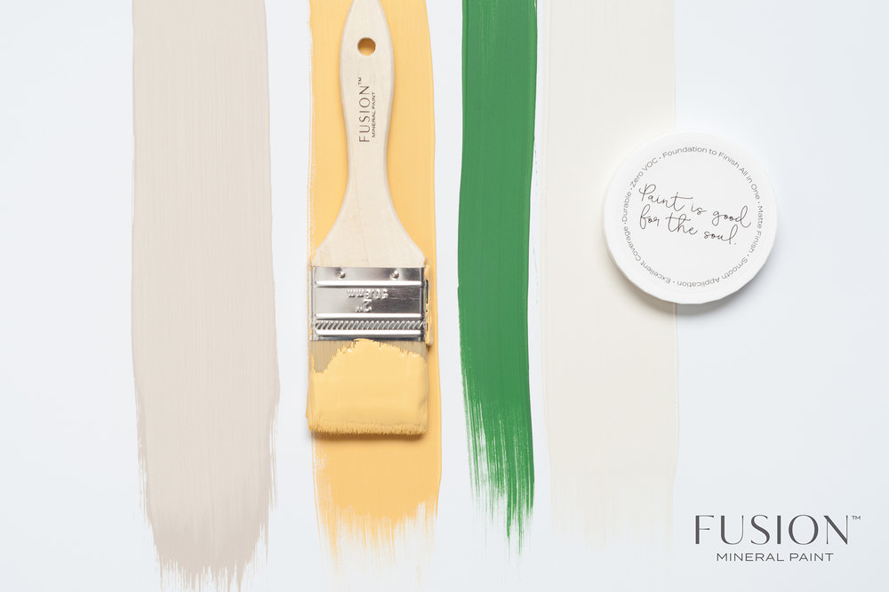 Aren't these beautiful Fusion Mineral Paint Colours? Starting from the top: we have Cathedral Taupe, Prairie Sunset, Park Bench and Raw Silk. They sure play well together, don't they?