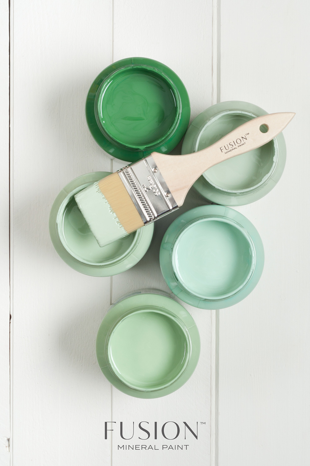 Shades of green! Fusion Mineral Paint in the colours Park Bench, Inglenook, Brook, Laurentien and Lily Pond.