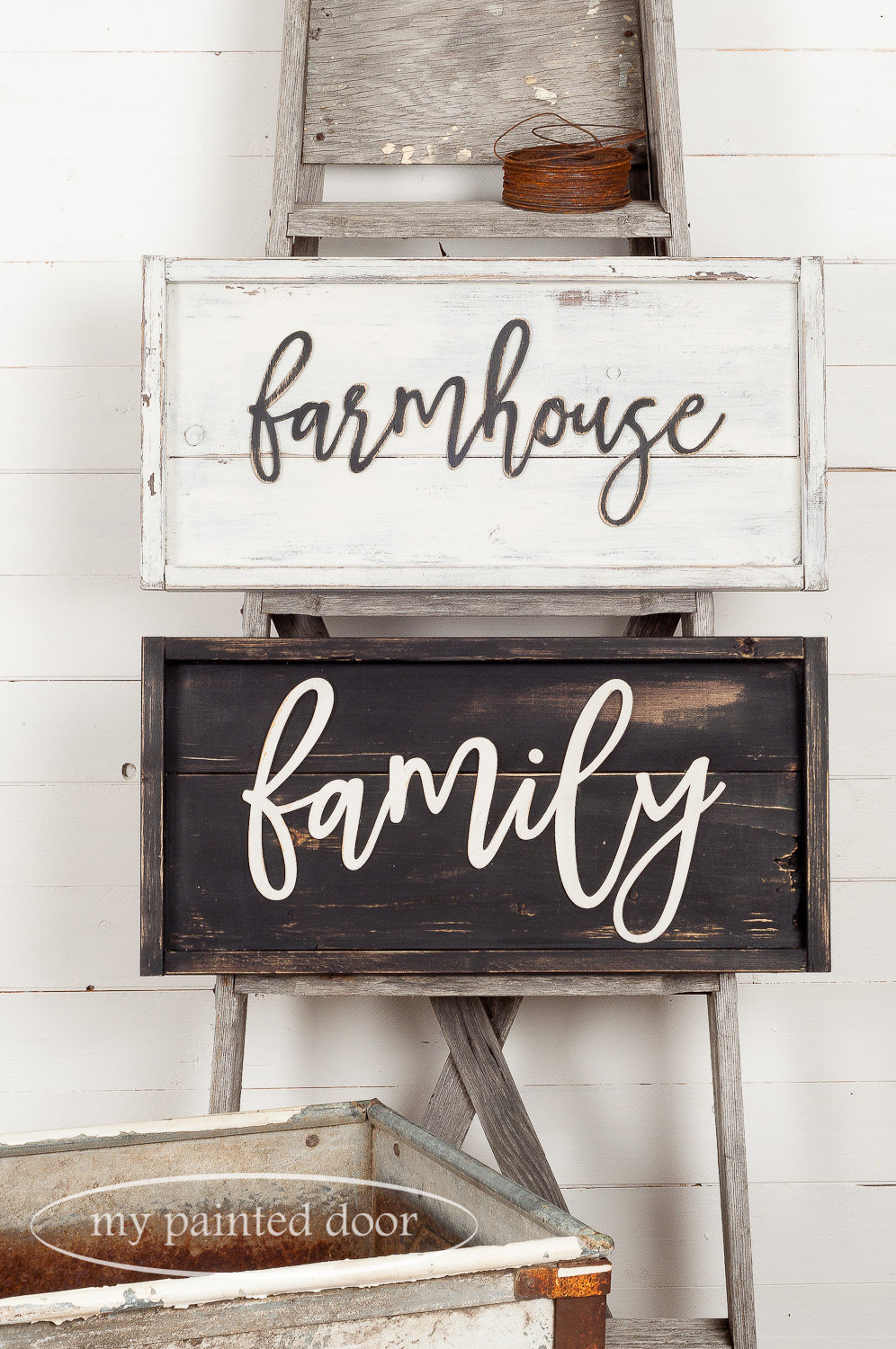 Farmhouse Style Sign Workshop. Signs painted in Miss Mustard Seed's Milk Paint in the colours Curio, Typewriter and Farmhouse White.