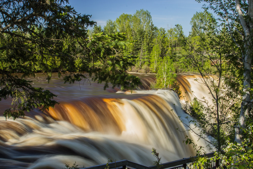Kakabeka Falls, Ontario. Photography by Jan Whybourne.
