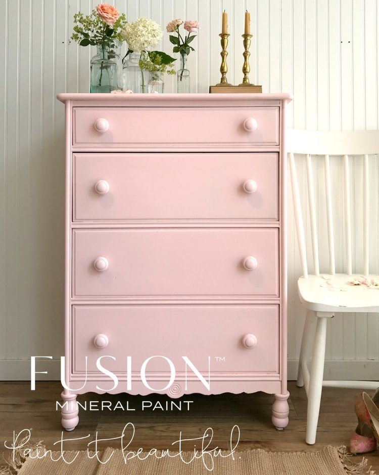 Half price sale on discontinued Fusion Mineral Paint products and meet English Rose!!