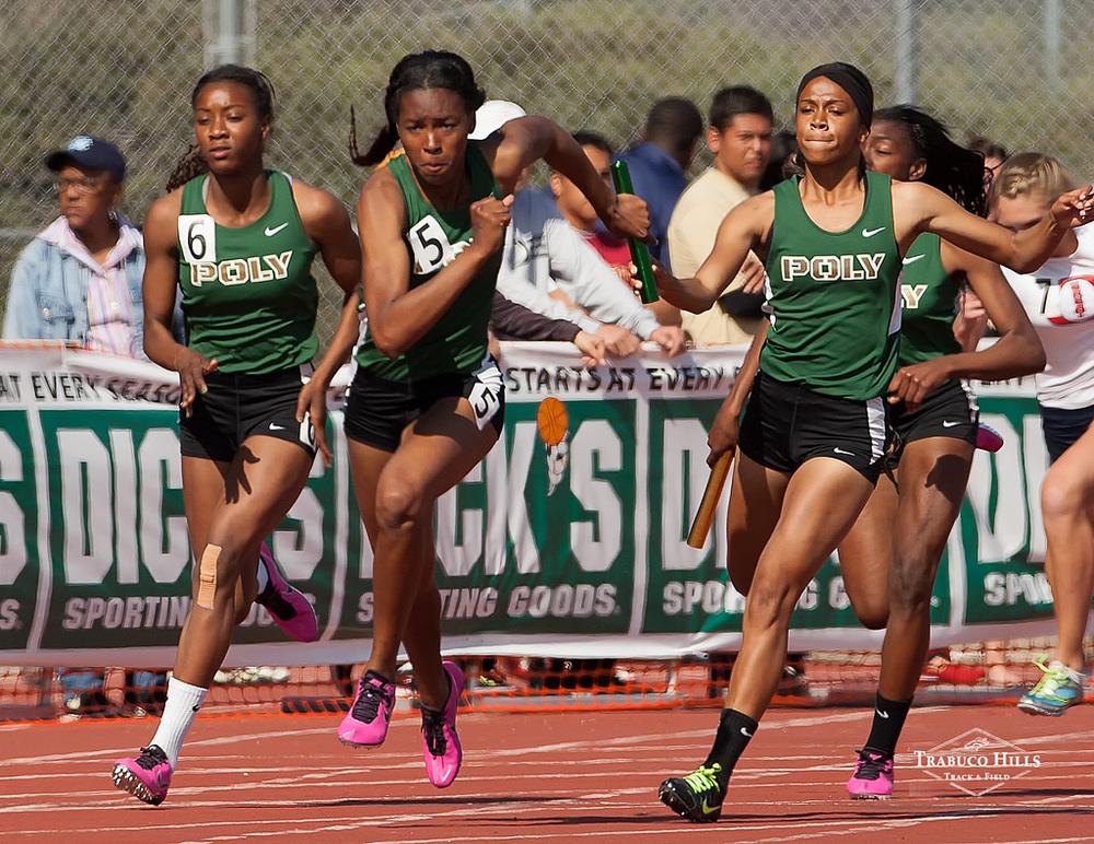 Girls 4x100.jpg
