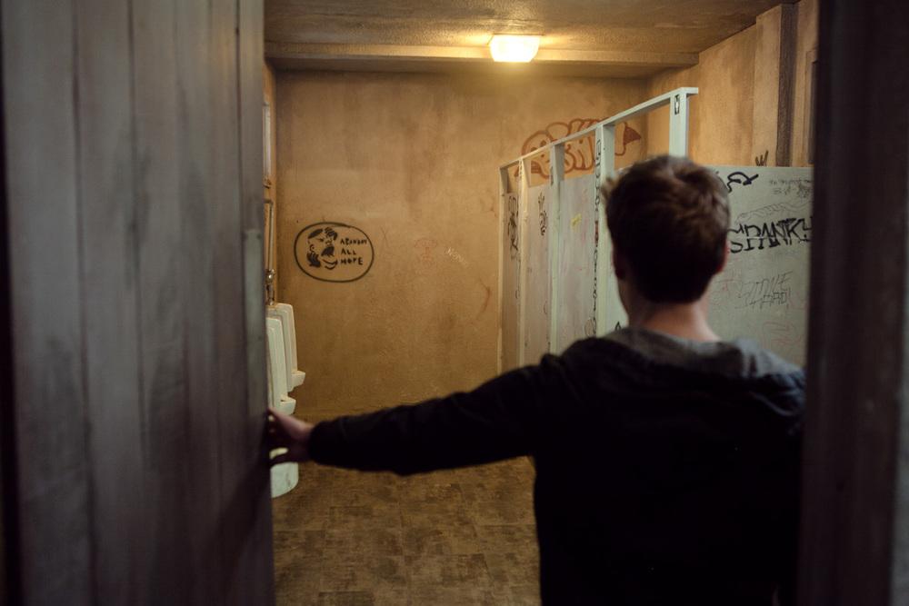 men's_room_5d-0954.jpg