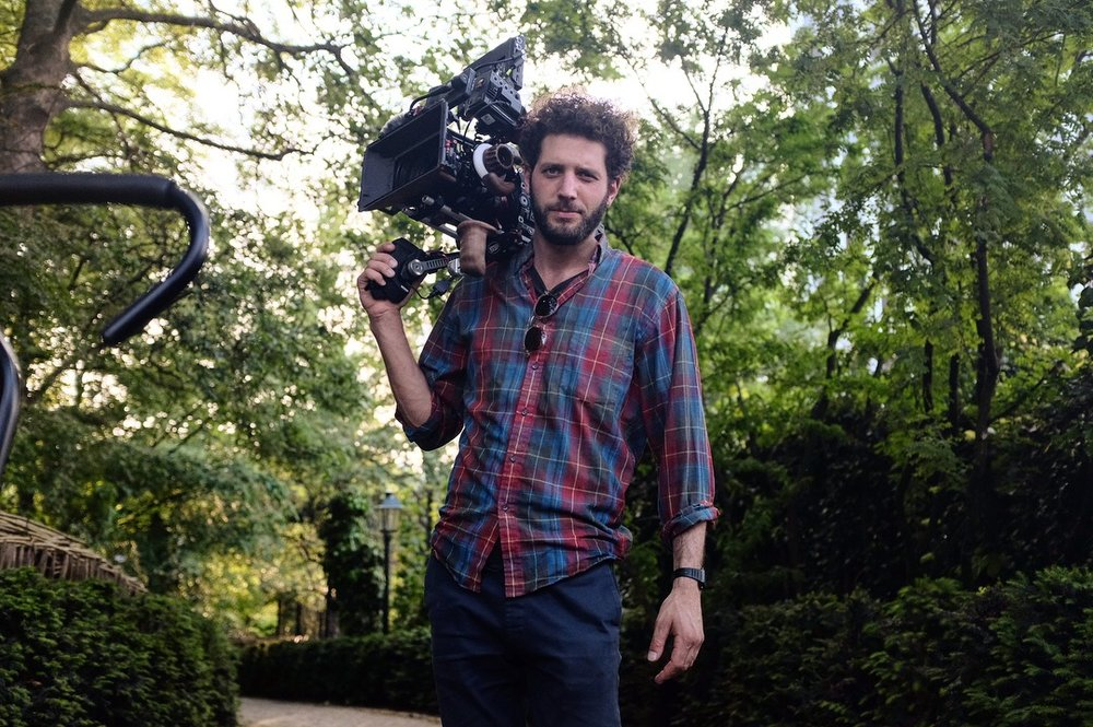 Jonas is a freelance  cinematographer, - available for narrative, music and commercial work. He is based in Amsterdam.