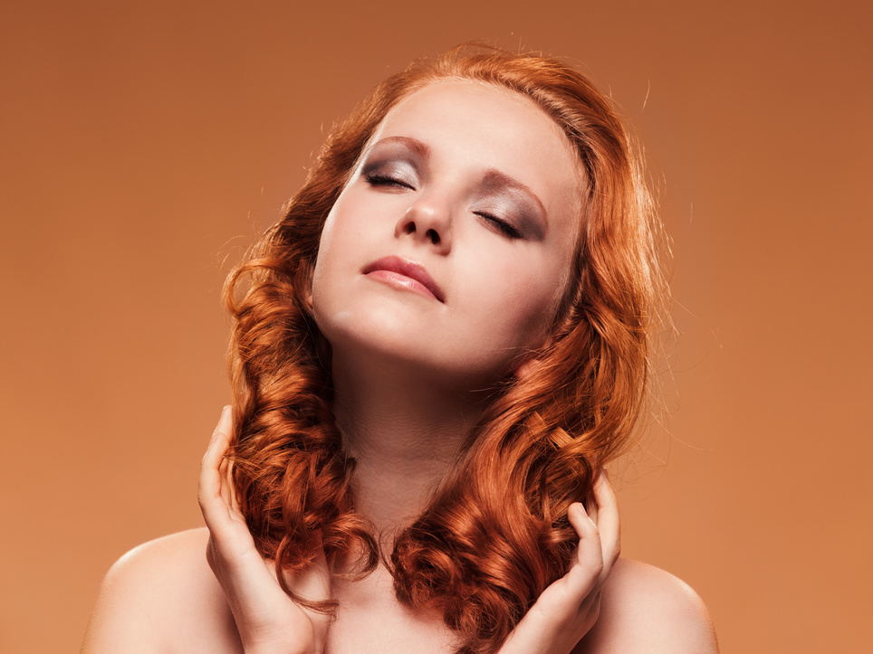 032143615-beauty-portrait-curly-hair.jpeg