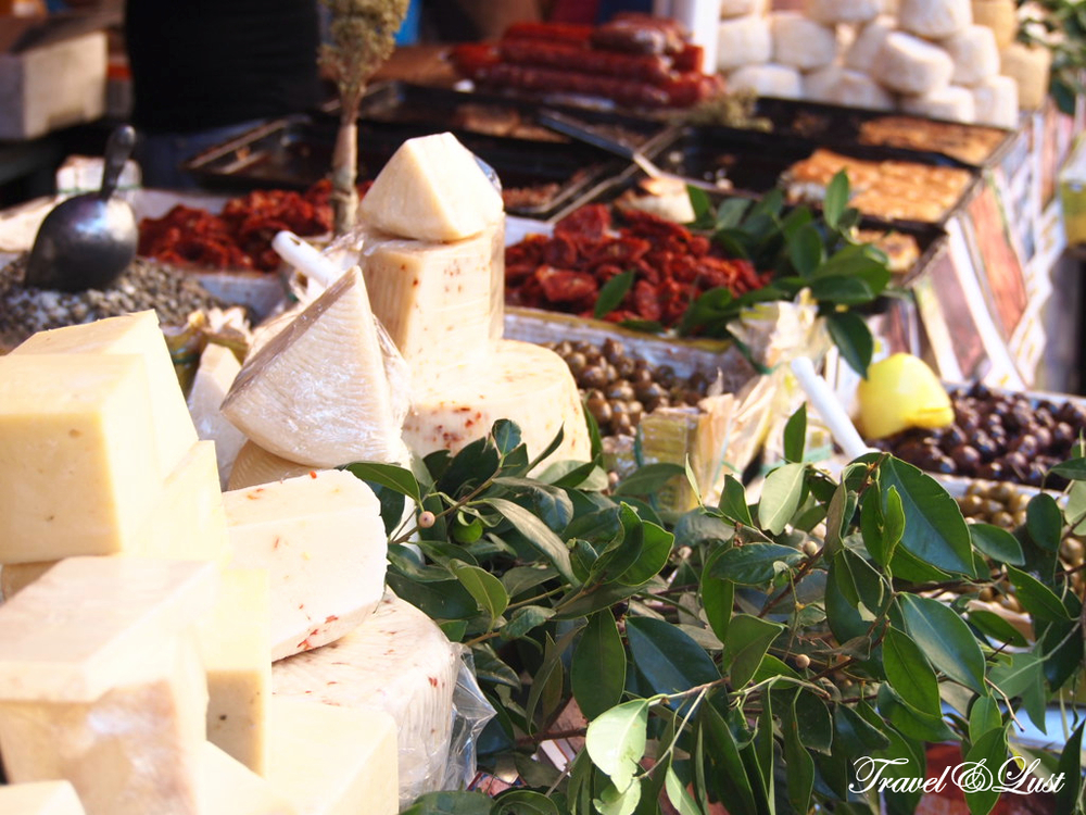Indulge in the street food and open air market with Personal Guide Sicily.