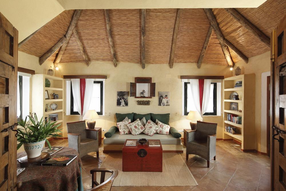 CV living room .jpg