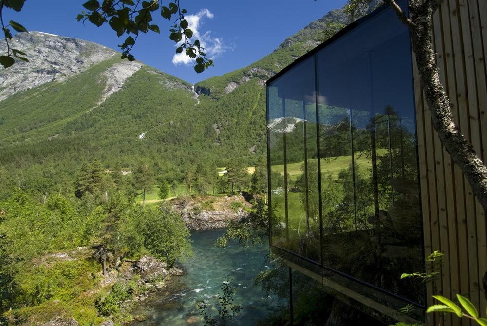 juvet-landscape-hotel-06.jpg - Juvet Landscape Hotel - Travel & Lust
