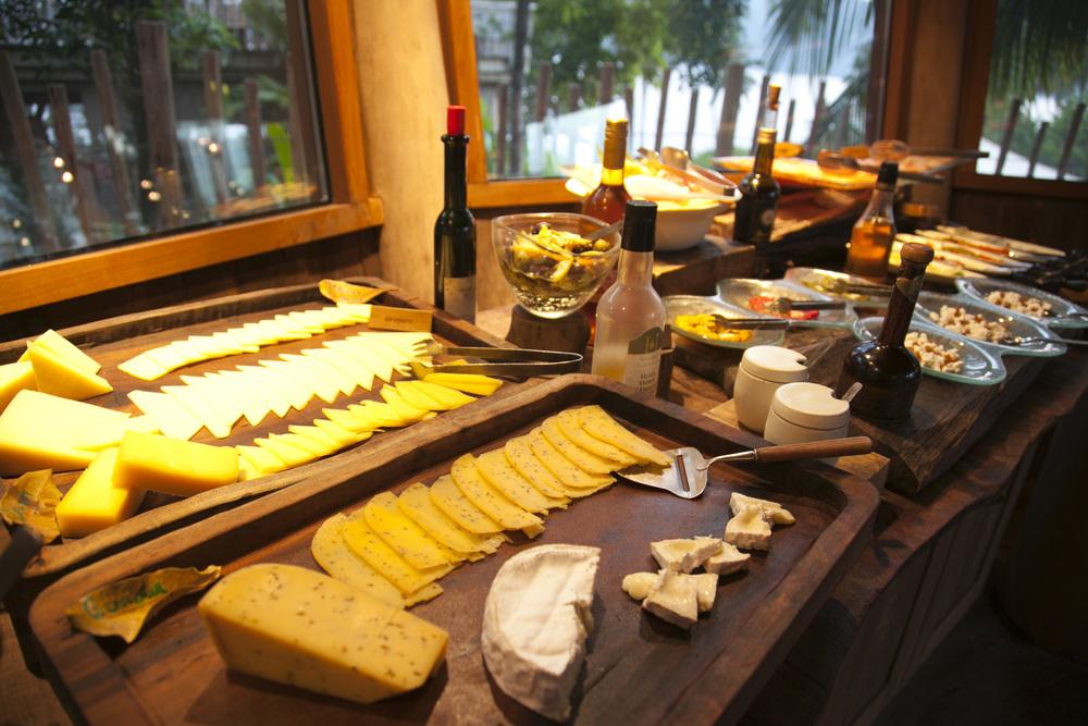 cheeseroom_259_519.jpg