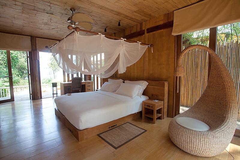 2br-ocean-villa-suite-2_262_565.jpg