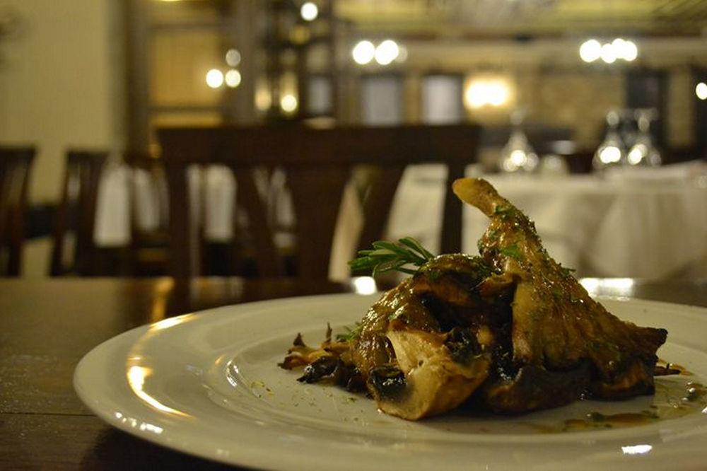 restaurant_dish.JPG