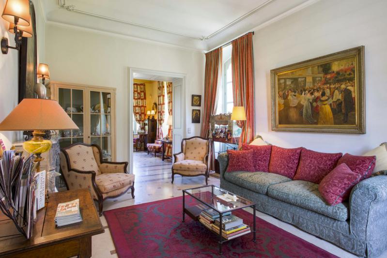 Chateau Talaud 046_Fotor.jpg