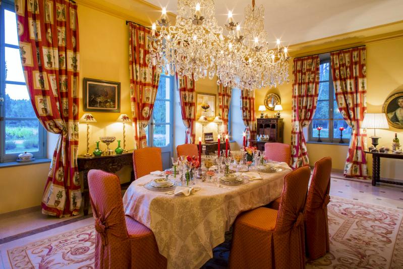 Chateau Talaud 036_Fotor.jpg