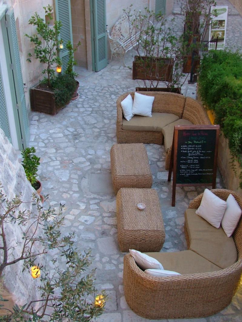 Bar in Pietra- 1_Fotor.jpg