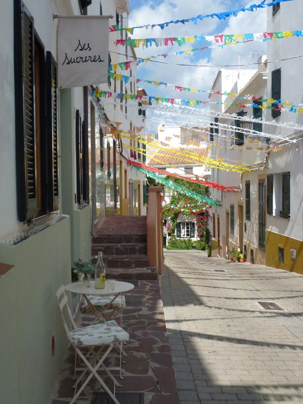 25Hotel Ses Sucreres. Menorca. Carrer Sant Joan.jpg