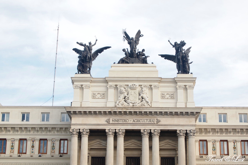 The architecture of Madrid has preserved the look and feel of many of its historic neighbourhoods and streets despite its modern infrastructure.