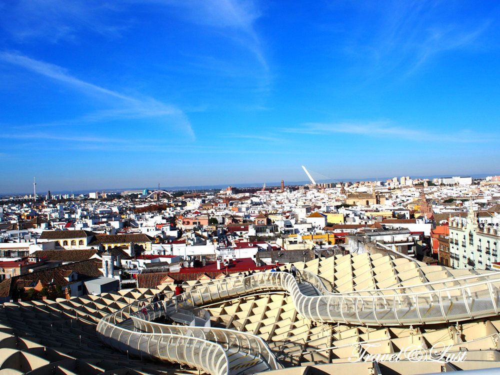 Metropol Parasol, better known as the Setas de Sevilla (Mushrooms of Seville), is the largest wooden structure in the world, located in the Plaza de la Encarnación.