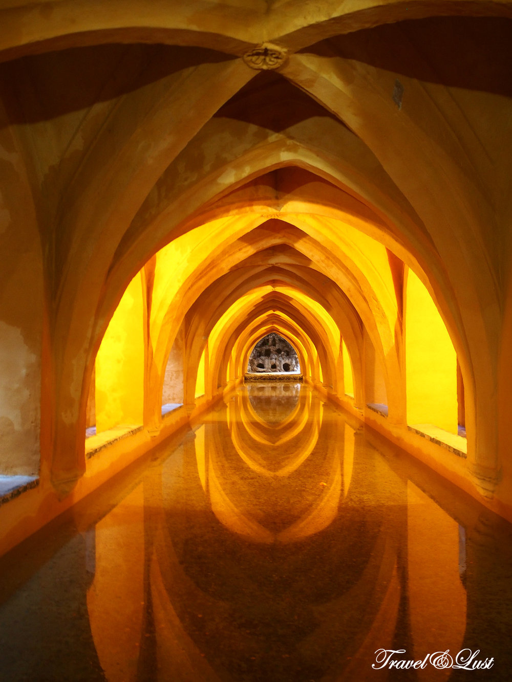 Rainwater tanks under the Alcazar of Seville. María de Padilla (c.1334-1, Seville, July 1361) was a noblewoman, famous for her love for King Pedro I of Castile.Maria was the daughter of Juan García de Padilla (died between 1348 and 1351) and María González de Hinestrosa (died after September of 1356) and sister of Diego García de Padilla, master of the Order of Calatrava.1 He belonged to a Castilian family, the Padilla, originally from Padilla de Abajo, formerly Padiella de Yuso, a town of Burgos in the Merindad de Castrojeriz, members of the regional nobility.