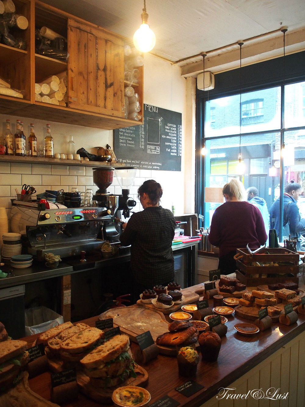 Kahaila has the best velvet cake and latte in Bricklane. This spot is a local nonprofit cafe on Brick Lane. All profits go to support local community projects and other charitable causes.Bricklane 135,E1 6SB.