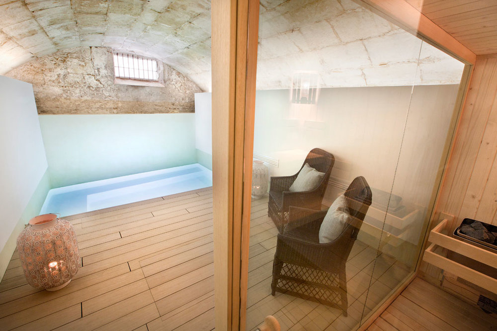 This sauna and heated pool can be reserved for private use. There are a range of full-body, facial and massage treatments on offer.