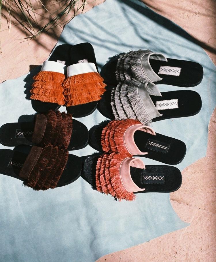 Playful fringe raffia sandals called Bobo