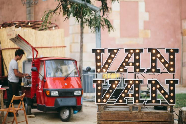 Van+Van+Market.jpg