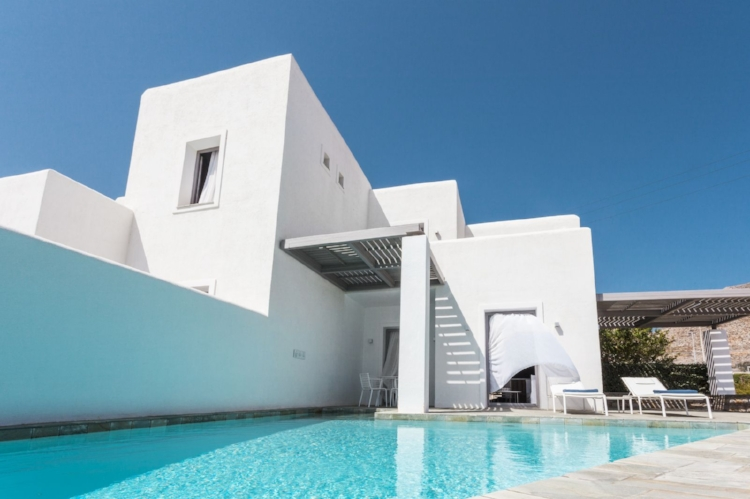 Anemi Jewel in Folegandros