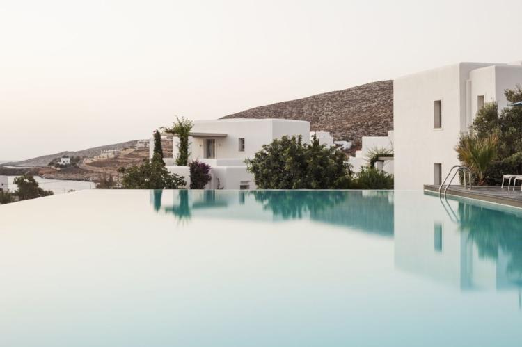 Anemi Jewel in Folegandros