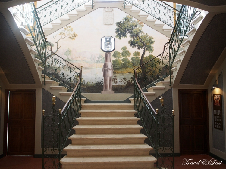 In the Ca n'Oliver museum, you can see impressive works of watercolors, drawings, paintings, prints and maps.