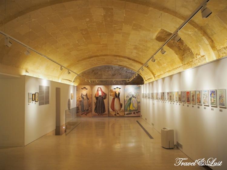 'De Chiesa a Ramon Cavaller' temporary exhibition.