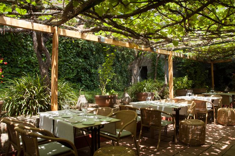 LaBalsaRestaurant-Barcelona.jpg
