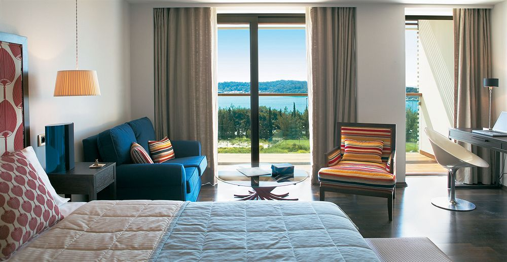vouliagmeni-suites-athens-greece.jpg