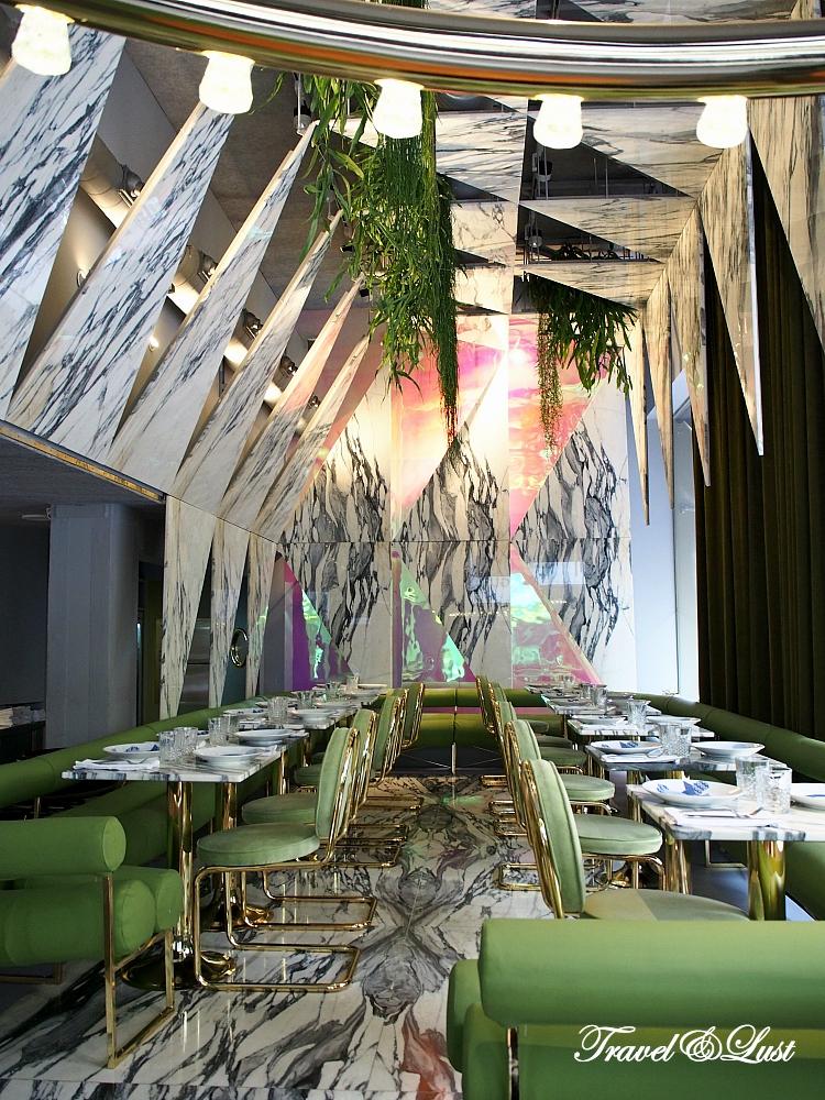 Rómola - the latest decadent restaurant in the Salamanca area.