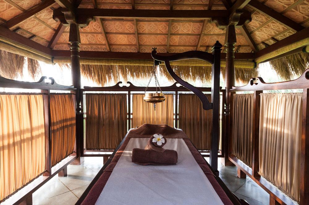 Reef Villa & Spa - Ayurveda Spa (2).jpg