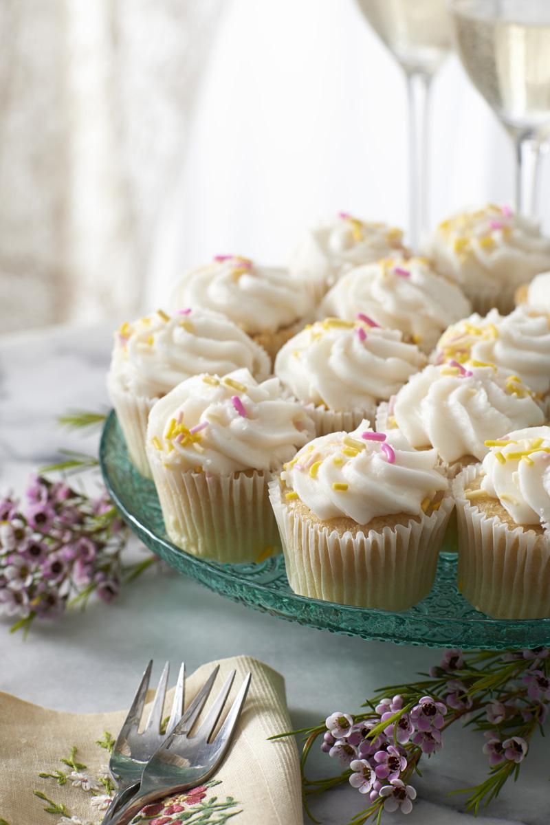 Mini cupcakes editW .jpg