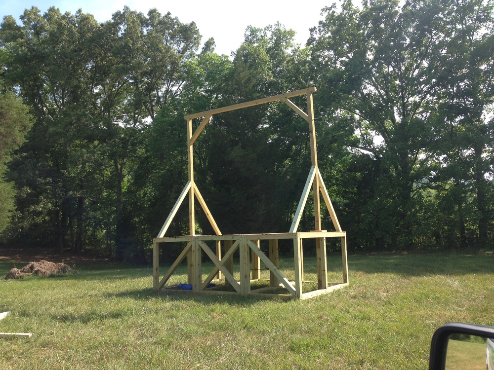 The gallows are finally assembled and put into place. That'll do for a hangin'.