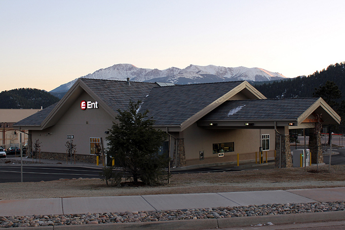 wp_rear_pikespeak_lowRes New-6.jpg