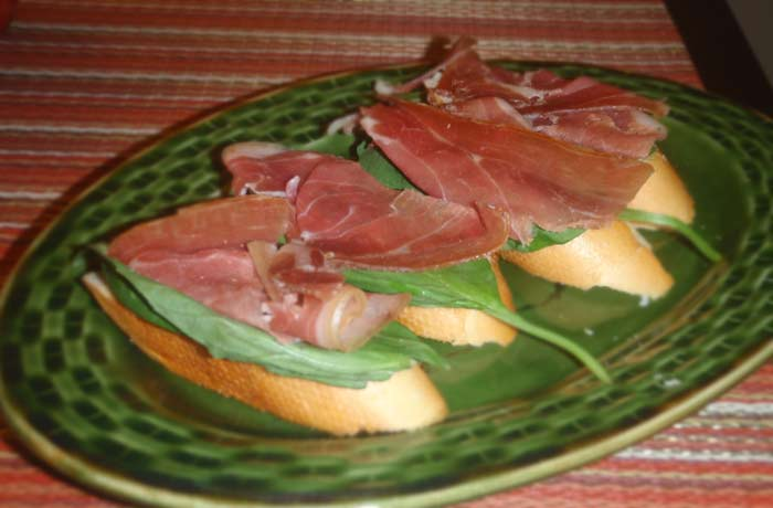 Fresh, Salty and Simple: Prosciutto-Basil Crostini — Delish Megish