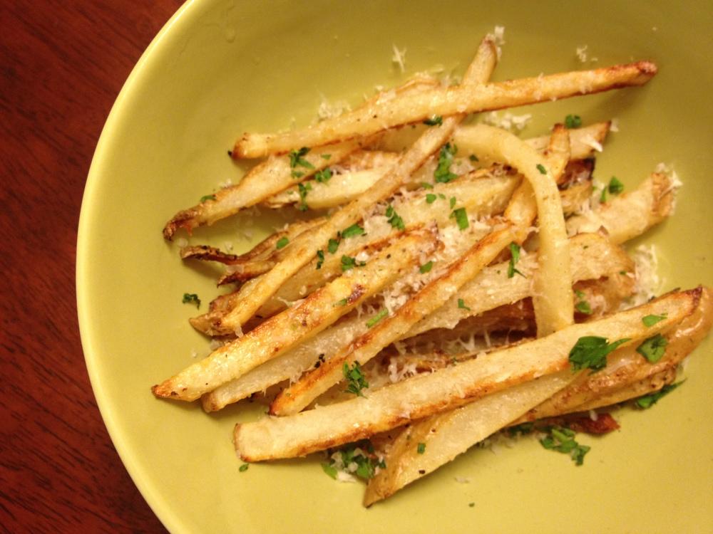 Parmesan Garlic Truffle Fries — Delish Megish