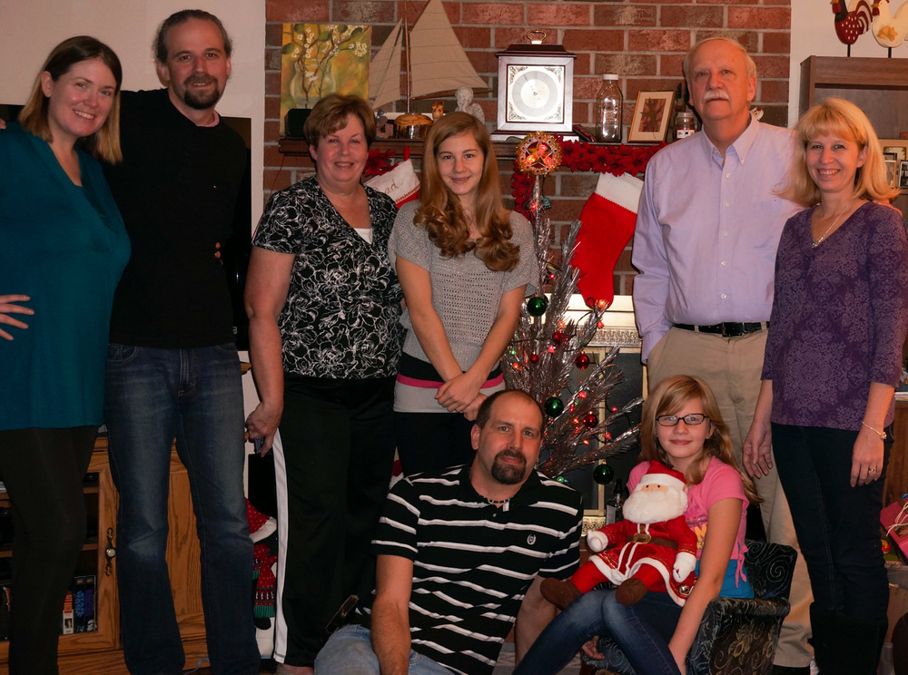 The Farris Family. Beth, Jon, Jon's mother Claire, our niece Jessica, our brother-in-law Myke, our niece Amanda, Jon's father Ron, and Jon's sister Jen.