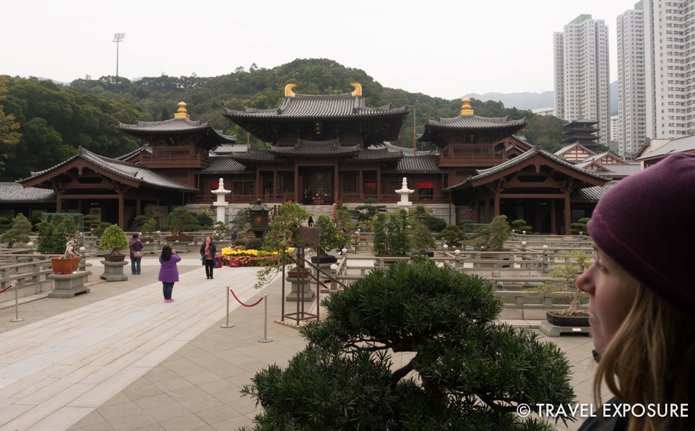 We escaped the crowds to enjoy the Chi Lin Nunnery, a large Buddhist complex.