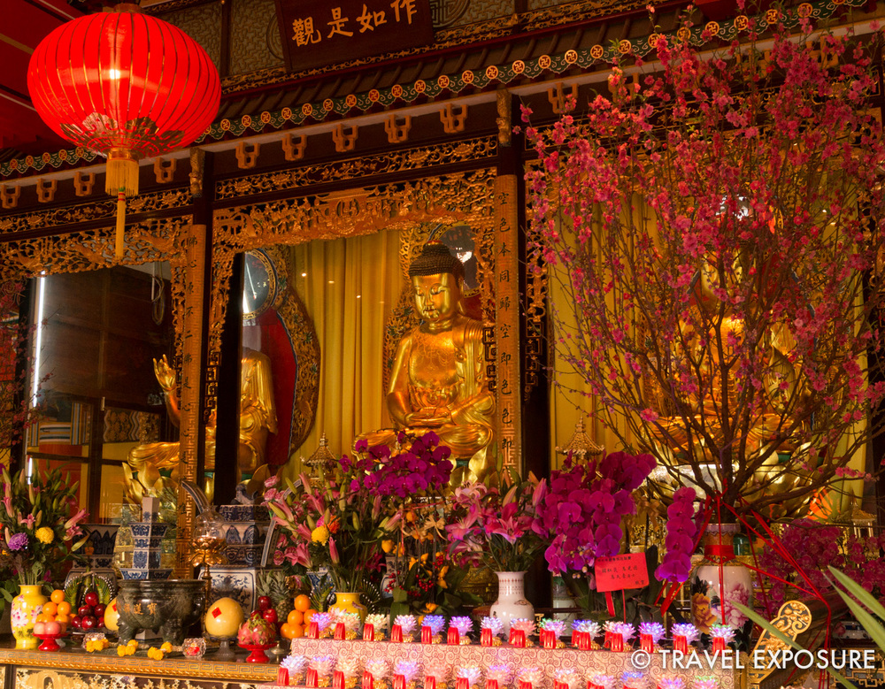 At the Center of the Great Hall are three Great Golden Buddha images.