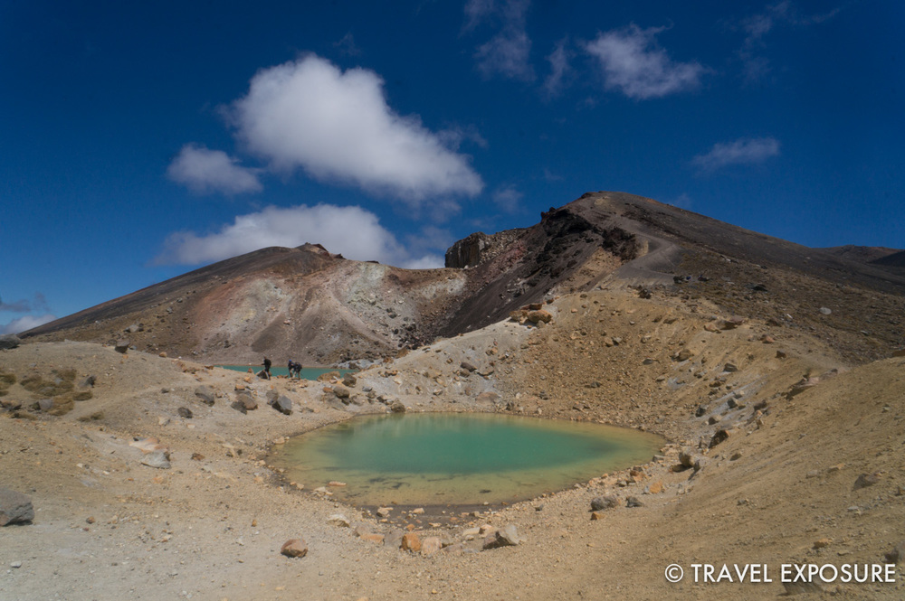 Tongariro Alpine Crossing Hike - Emerald Lake