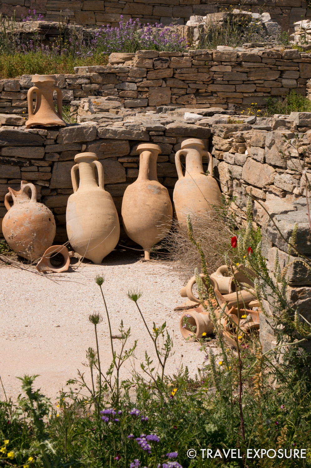 Clay jars called Amphora were used to transport goods.