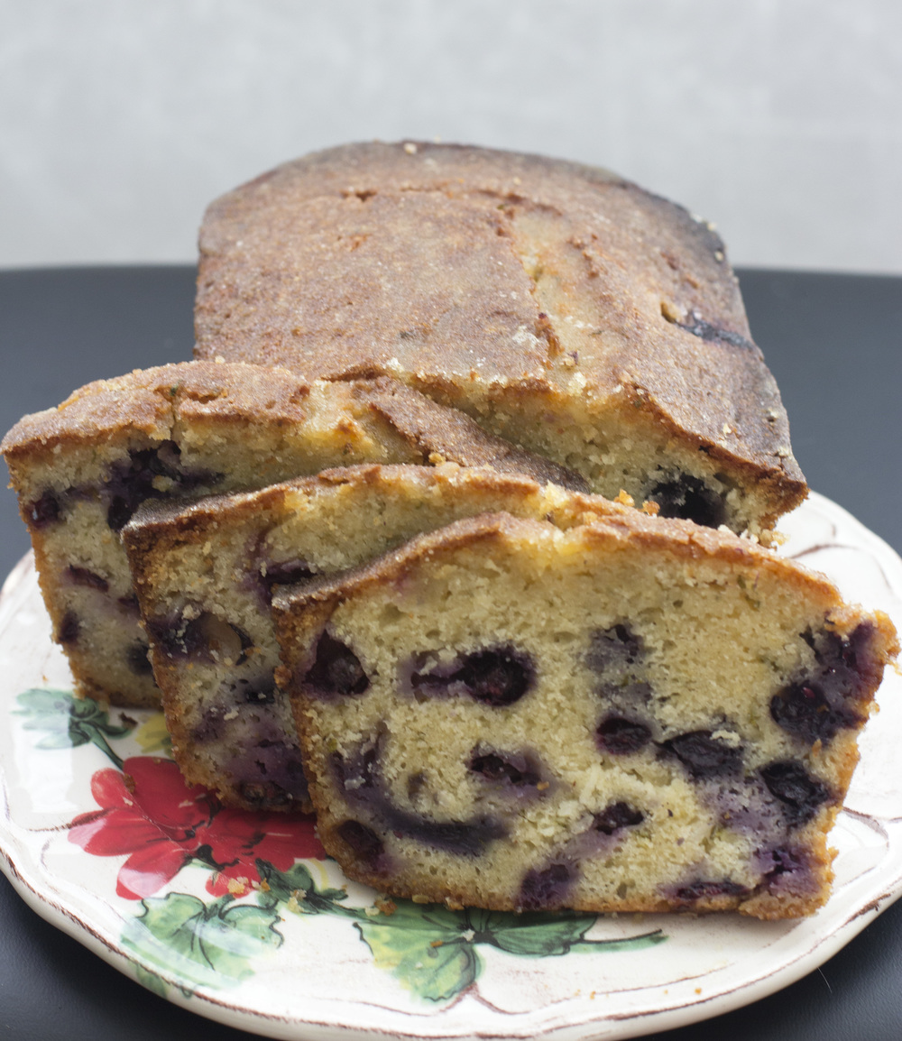 Blueberry_Mint_Drizzle_Cake_0004.jpg